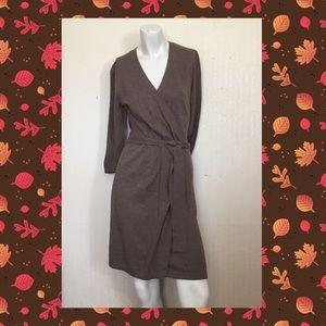 🍌Banana Republic Wrap Jersey Dress